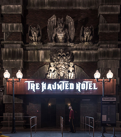 img-worlds-of-adventure-haunted-hotel-3