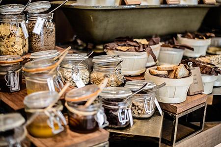 manzil-buffet-dry-fruit-breads